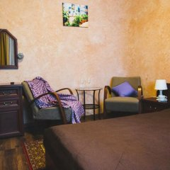 Гостиница House City в Барнауле 1 отзыв об отеле, цены и фото номеров - забронировать гостиницу House City онлайн Барнаул комната для гостей фото 6