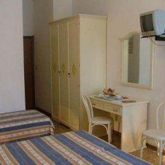 Hotel Airone 2* Стандартный номер фото 4