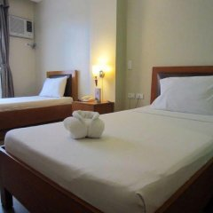 Отель Fuente Oro Business Suites комната для гостей