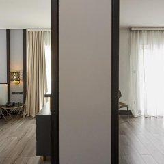 Athenian Riviera Hotel & Suites 3* Семейный номер Делюкс с различными типами кроватей фото 4
