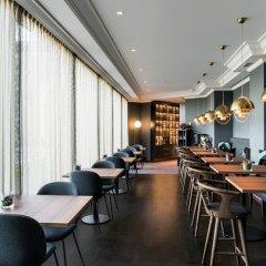 Отель Hilton Brussels Grand Place гостиничный бар фото 2