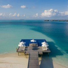 Отель Conrad Maldives Rangali Island Мальдивы, Хувахенду - 8 отзывов об отеле, цены и фото номеров - забронировать отель Conrad Maldives Rangali Island онлайн приотельная территория фото 2