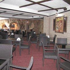 Гостиница Камелот в Малореченском 3 отзыва об отеле, цены и фото номеров - забронировать гостиницу Камелот онлайн Малореченское питание