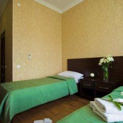 Гостевой Дом Кристалл комната для гостей фото 6