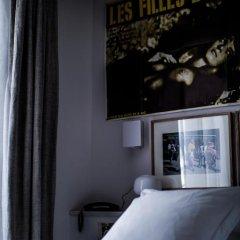 Отель Le Pigalle 4* Номер Pigalle 17 с различными типами кроватей фото 4