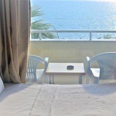Dikelya Hotel Турция, Дикили - отзывы, цены и фото номеров - забронировать отель Dikelya Hotel онлайн балкон