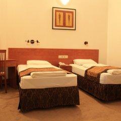 King's Hotel 3* Стандартный номер с 2 отдельными кроватями