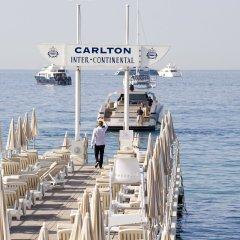 Отель InterContinental Carlton Cannes Франция, Канны - 3 отзыва об отеле, цены и фото номеров - забронировать отель InterContinental Carlton Cannes онлайн приотельная территория