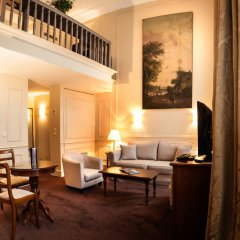 Отель Saint James Albany Paris Hotel-Spa Франция, Париж - 2 отзыва об отеле, цены и фото номеров - забронировать отель Saint James Albany Paris Hotel-Spa онлайн интерьер отеля