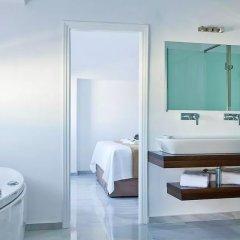 Canaves Oia Hotel 5* Улучшенный люкс с различными типами кроватей фото 3