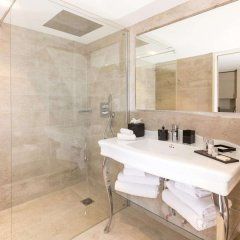 Отель Palais Saleya Boutique Hôtel 4* Апартаменты с различными типами кроватей фото 20