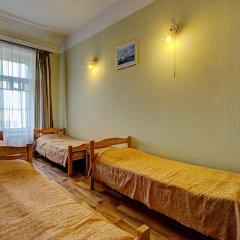 Гостиница Гостевые комнаты у Петропавловской 2* Номер с общей ванной комнатой с различными типами кроватей (общая ванная комната) фото 3