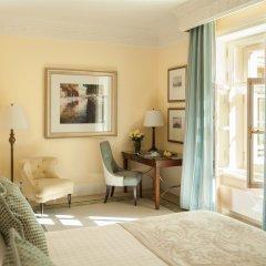 Гостиница Four Seasons Lion Palace St. Petersburg 5* Улучшенный номер с различными типами кроватей