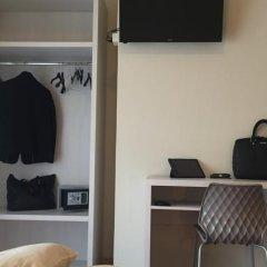 Hotel Fedora Rimini сейф в номере