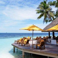 Отель Angsana Ihuru гостиничный бар