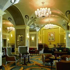 Отель The Ritz-Carlton Abu Dhabi, Grand Canal интерьер отеля
