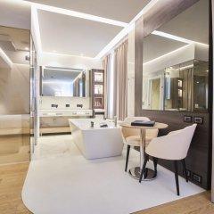 Отель IH Hotels Milano Ambasciatori 4* Люкс с различными типами кроватей фото 7