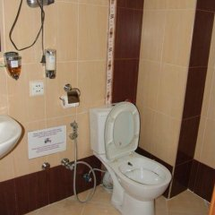 Отель Noahs Ark Азербайджан, Баку - 4 отзыва об отеле, цены и фото номеров - забронировать отель Noahs Ark онлайн ванная фото 2
