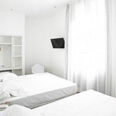 Отель Som Nit Born комната для гостей фото 7