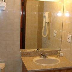 Отель Super 8 Jamaica США, Нью-Йорк - 1 отзыв об отеле, цены и фото номеров - забронировать отель Super 8 Jamaica онлайн ванная