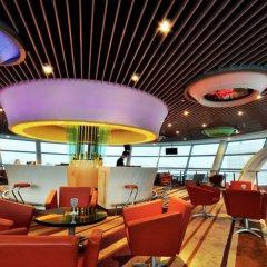 Отель Dazhong Airport (South Building) гостиничный бар