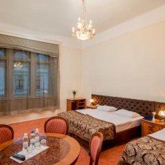 Гостиница Жорж Львов комната для гостей фото 8