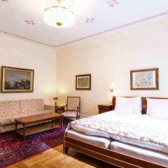 Mayfair Hotel Tunneln 4* Улучшенный семейный номер с различными типами кроватей