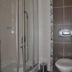 Istanbul Holiday Hotel Турция, Стамбул - 13 отзывов об отеле, цены и фото номеров - забронировать отель Istanbul Holiday Hotel онлайн ванная