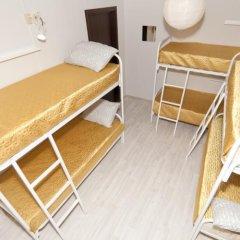 Отель Жилое помещение Aurora на 8 Марта Екатеринбург комната для гостей