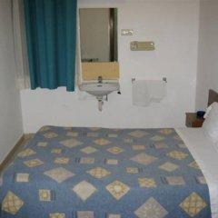 Отель Lourdes Испания, Барселона - отзывы, цены и фото номеров - забронировать отель Lourdes онлайн комната для гостей фото 4