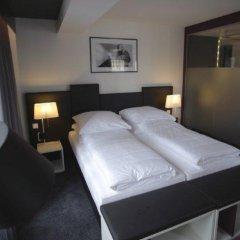 Hotel Bliss сейф в номере