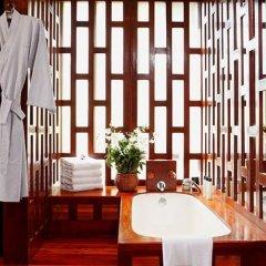 Отель Amanpuri Resort 5* Вилла с различными типами кроватей фото 15