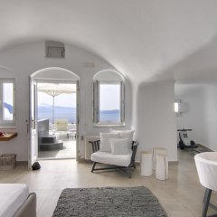 Отель Santorini Secret Suites & Spa 5* Люкс Premium с различными типами кроватей фото 5