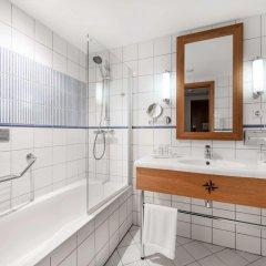 Отель Green Park Hotel Klaipeda Литва, Клайпеда - 7 отзывов об отеле, цены и фото номеров - забронировать отель Green Park Hotel Klaipeda онлайн ванная фото 2