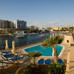Marina Hotel Corinthia Beach Resort балкон фото 4
