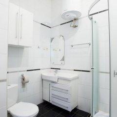 Отель Rymarska ApartHotel Харьков ванная фото 2