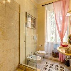 C. Luxury Palace & Hostel ванная фото 5