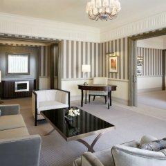 Отель Habtoor Palace, LXR Hotels & Resorts интерьер отеля