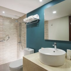 Отель Emotions by Hodelpa - Playa Dorada 4* Улучшенный номер с различными типами кроватей фото 4