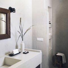 Отель Santo Maris Oia, Luxury Suites & Spa 5* Вилла с различными типами кроватей фото 13