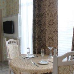 Гостиница Chotyry Legendy комната для гостей фото 8