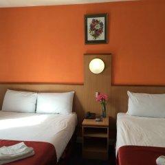 Euro Wembley - Elm Hotel комната для гостей фото 9