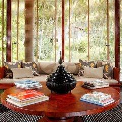 Отель Amanpuri Resort 5* Вилла с различными типами кроватей фото 17