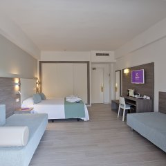 Отель FERGUS Bermudas комната для гостей
