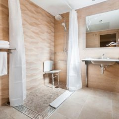 Gran Hotel Barcino ванная фото 4