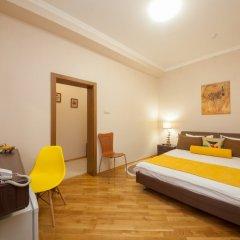 Гостиница ПолиАрт Стандартный номер с двуспальной кроватью фото 6