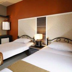 Отель Rambuttri Village Inn & Plaza комната для гостей фото 3