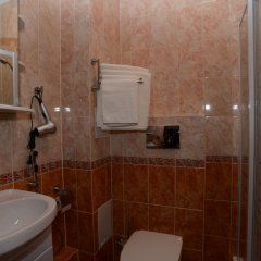 Гостиница Фишер в Калуге отзывы, цены и фото номеров - забронировать гостиницу Фишер онлайн Калуга ванная