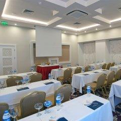 Отель Crystal Tat Beach Resort Spa