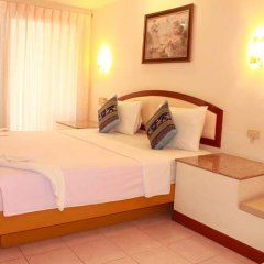 Отель Sp House Phuket пляж Ката комната для гостей